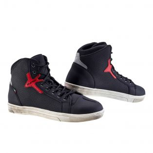 Style 2.2 Air Black/Red